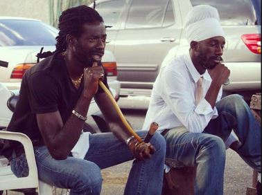 Should Sizzla follow the footsteps of Buju Banton and