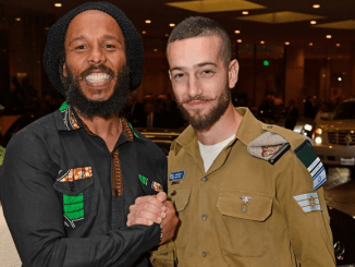 Ziggy Marley and an Israeli soldier