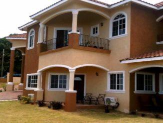 Beautiful houses in Jamaica